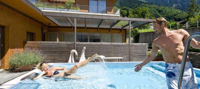 Außenwhirlpool - AlpenSPA im Wellnesshotel in Schruns, Montafon