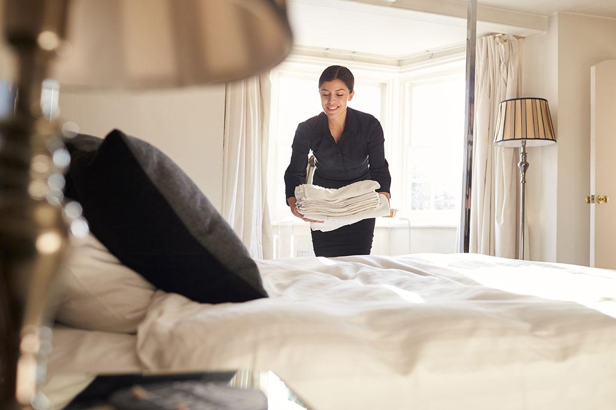 Zimmermädchen - Jobs im Alpenhotel Montafon in Schruns, Vorarlberg